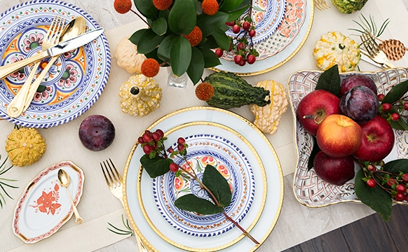 How To Set Holiday Table