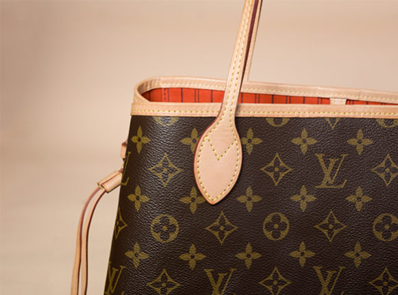 7271333af How To Spot A Real Louis Vuitton Neverfull