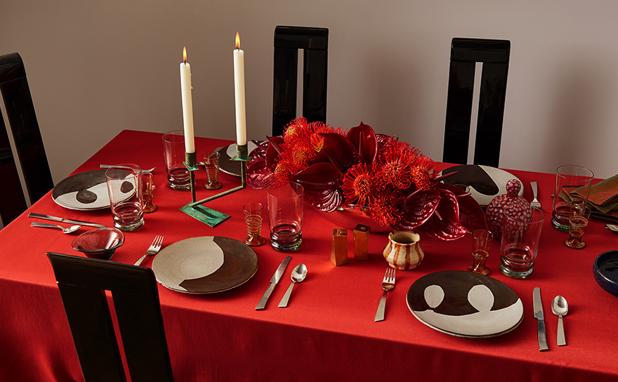 Dining Table Holiday Deco